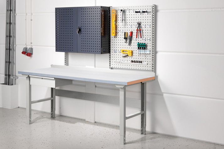 Types of Tables for Industrial Workshops
