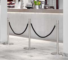 Rope barriers & belt barriers