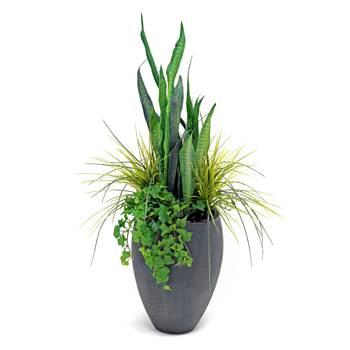 Synthetic plant arrangement with pot