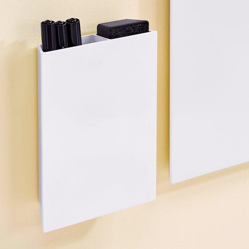 Whiteboard accessory tray