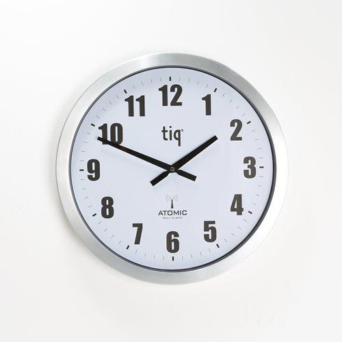 Duży zegar sterowany radiowo