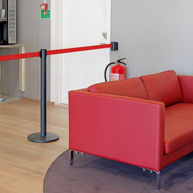 Rope Barriers Amp Belt Barriers Aj Products Ireland