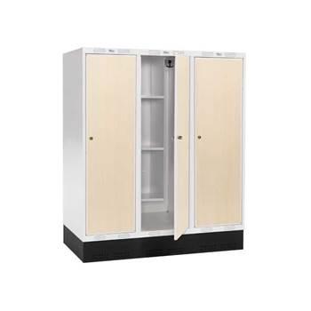 """Junior """"Roz"""" I student lockers"""