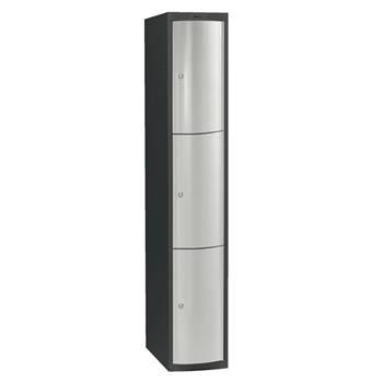 Klädskåp med 3 dörrar/skåp