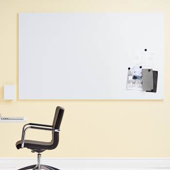 Magnetic frameless whiteboard