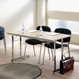 """Flexible"" basic conference tables"