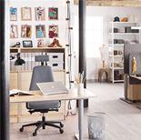 Skrivbord, elektriskt höj- och sänkbart, maguttag