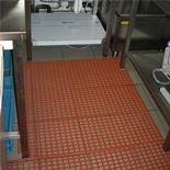 Non-slip catering matting