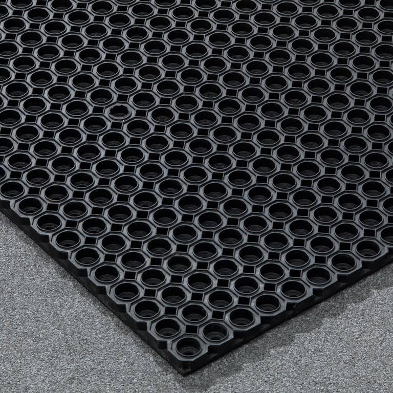"""""""Eight"""" rubber door mat"""