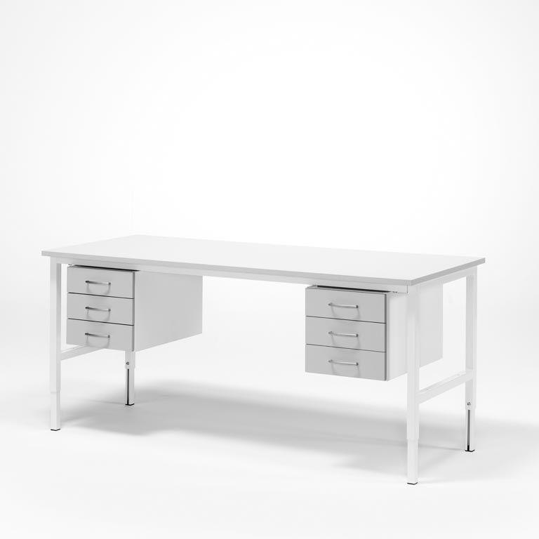 Stół roboczy z dwiema szafkami o 3 szufladach