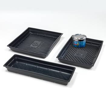 Spill containment tray