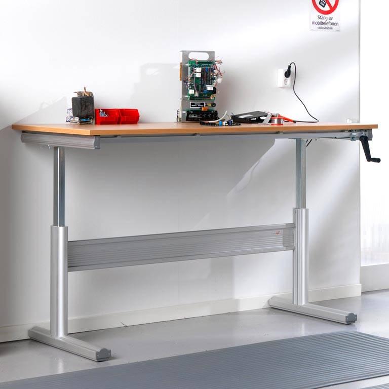 Stół warsztatowy z regulacją wysokości