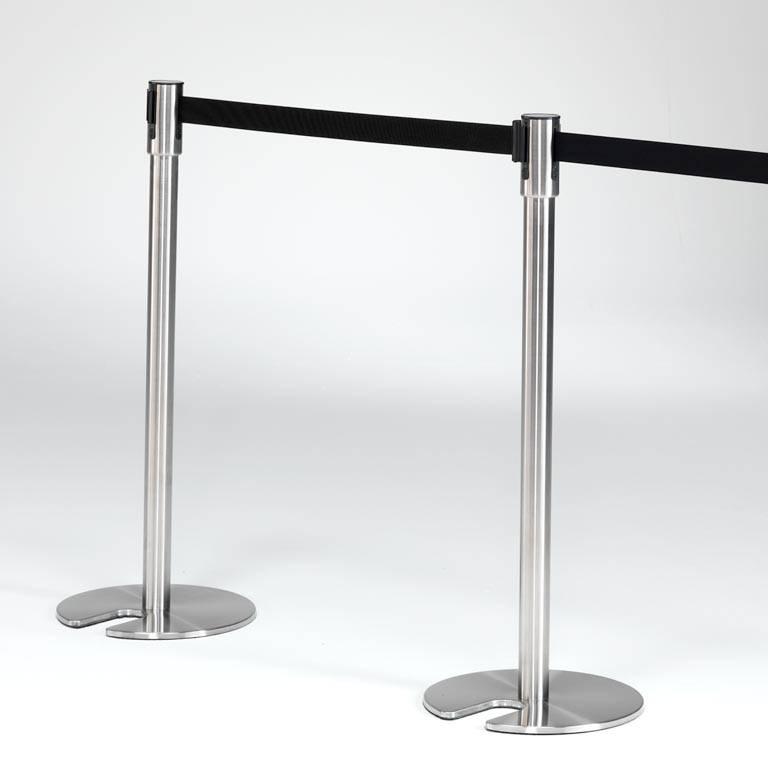 Belt barrier system