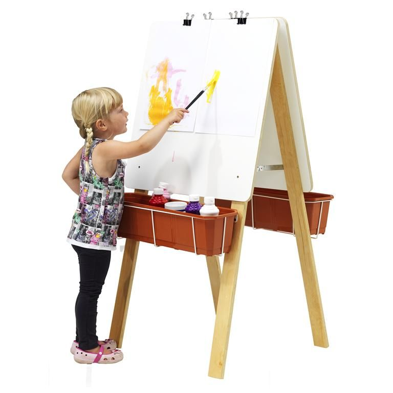 Dwustronna sztaluga dla młodych malarzy.